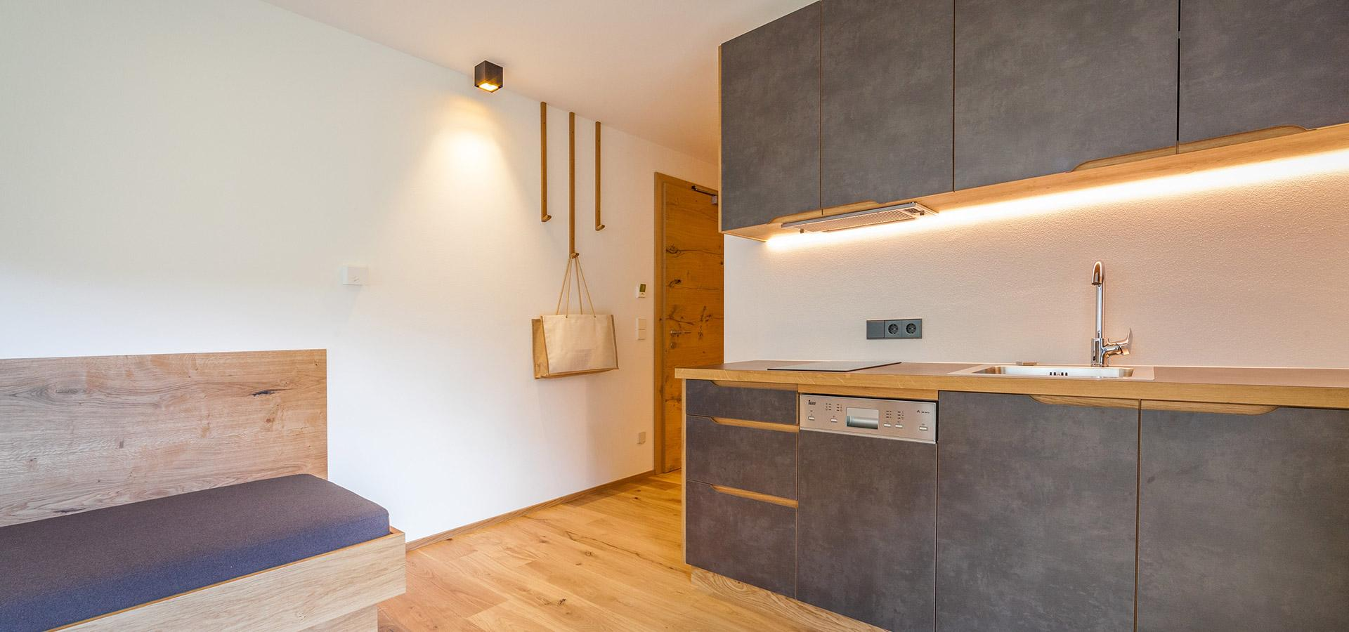 Küchenverkleidung  Wand-Bodenverkleidung – Livingdesign-Frankfurt